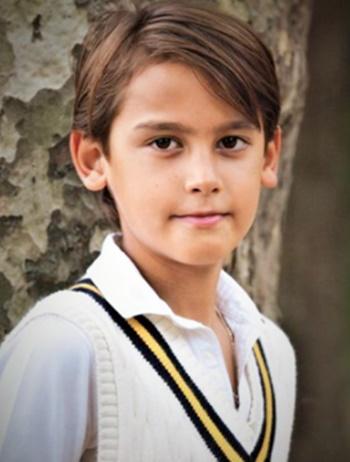 キラン君(Kiran)はデヴィ夫人の孫でイケメンすぎる美少年!一人