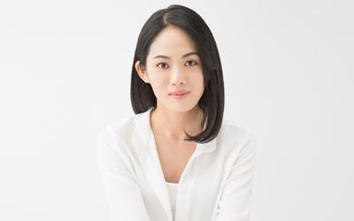 柴本 幸しばもと ゆき女優柴本 幸は、日本の女優。本名、同じ。 東京都出身。研音所属。父は俳優の柴俊夫、母は女優の真野響子、叔母は女優の眞野あずさ。